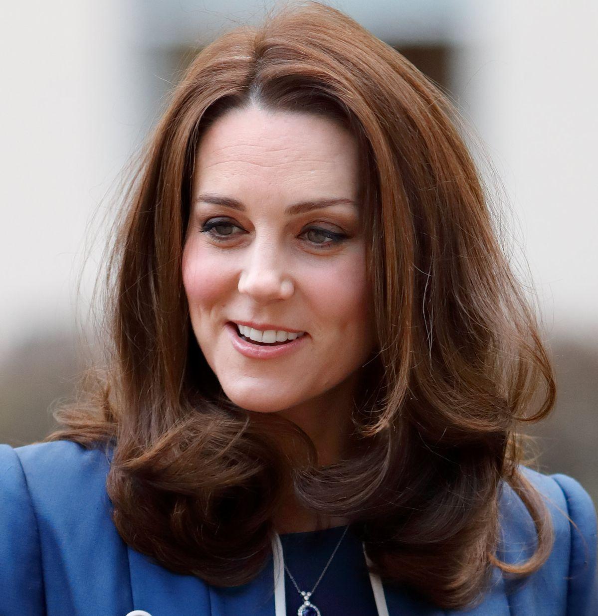 40 Gorgeous Celebrity-Inspired Hairstyles for Medium Length Hair