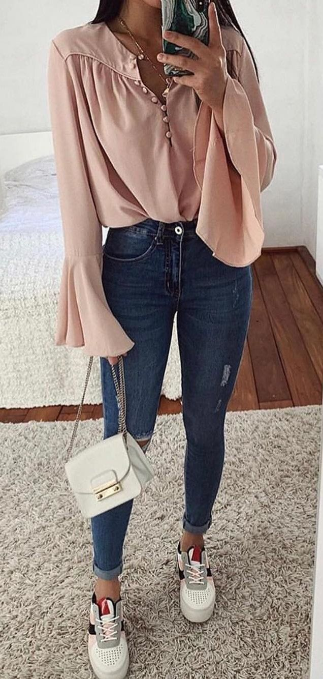 pink blouse and blue denim jeans #spring #outfits