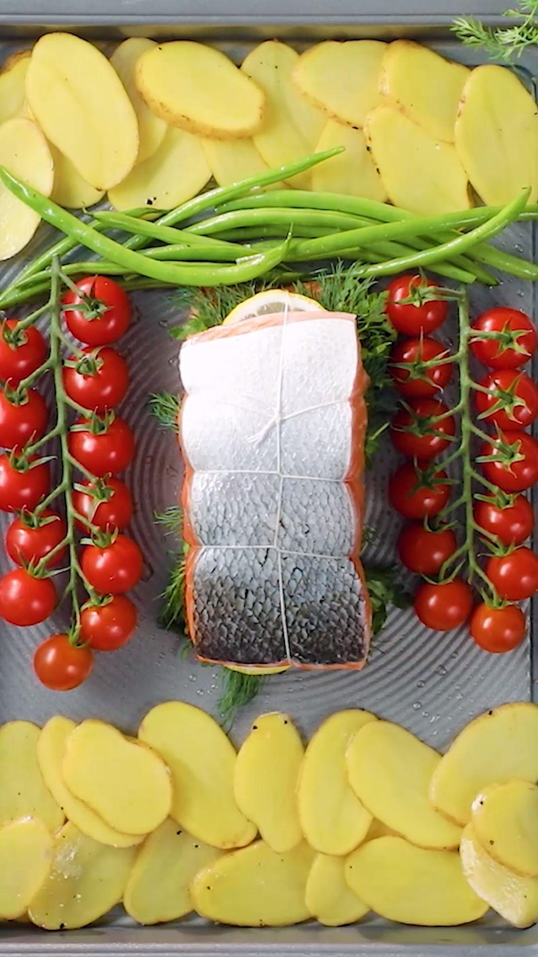 Salmón Cocido con Verduras