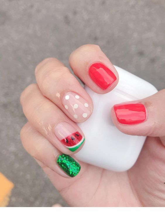 Red and green summer nails