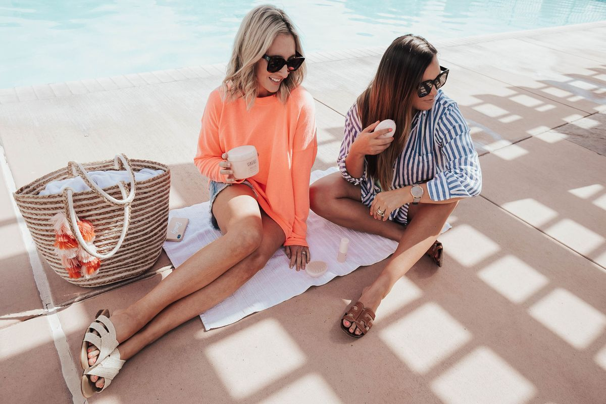 Beauty and Fashion Bloggers, Emily Farren Wieczorek and Ashley Zeal talk about their favorite products for Healthy Summer Hair!