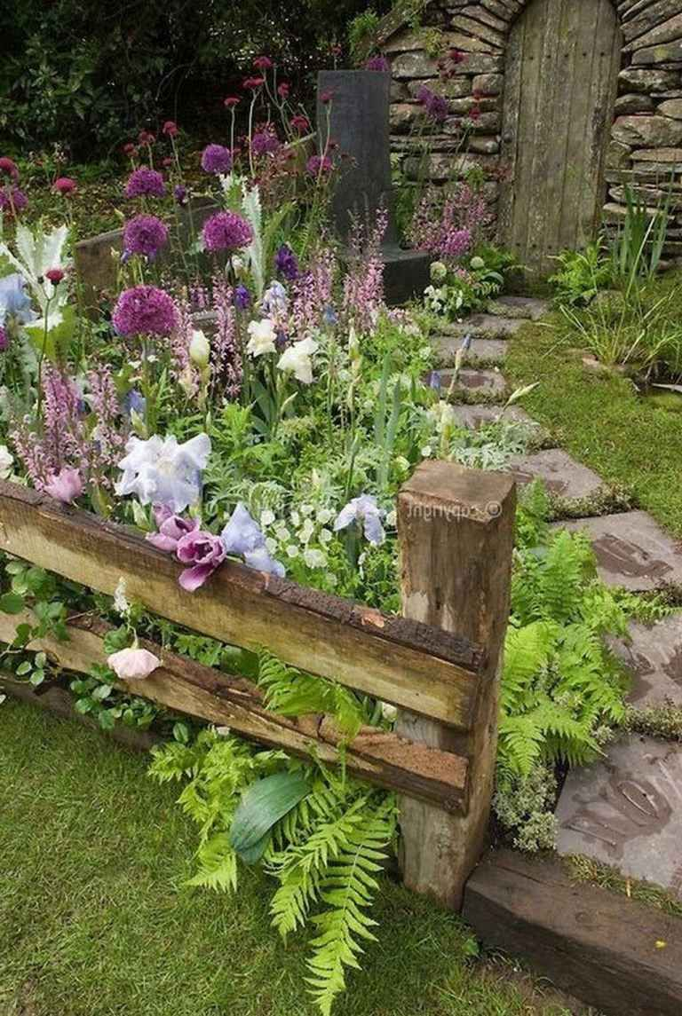 24 Stunning Cottage Garden Ideas for Front Yard Inspiration - DoMakeover.com