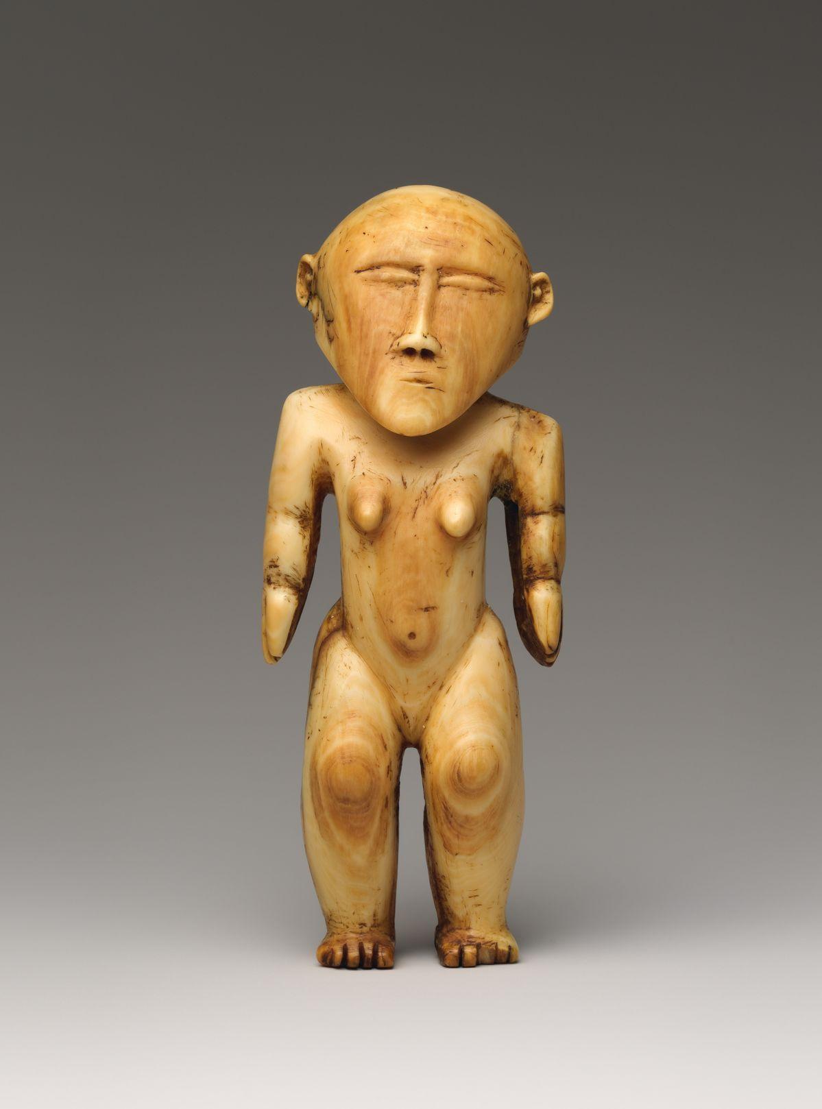 Female figure ('otua fefine)