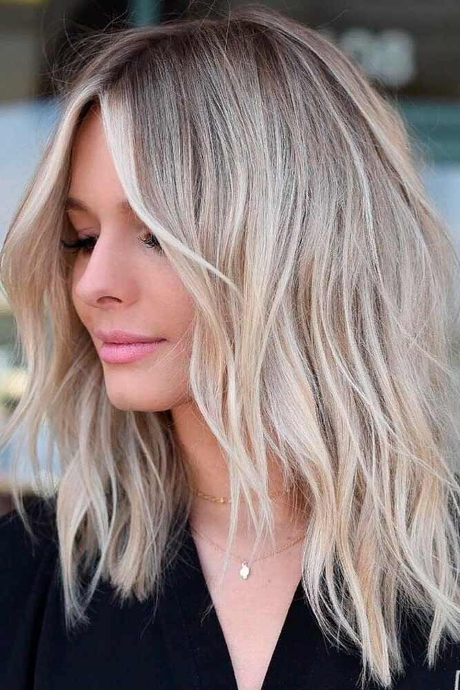 Chic Blonde Hairstyles With Layeres #layredhairstyles #blondehair ★ Love medium layered haircuts? Lots of ideas for thin and thin hair, styles for straight and curly hair texture, trending hairstyles with bangs and many inspo cuts are here! #glaminati #lifestyle #mediumlengthlayeredhaircuts