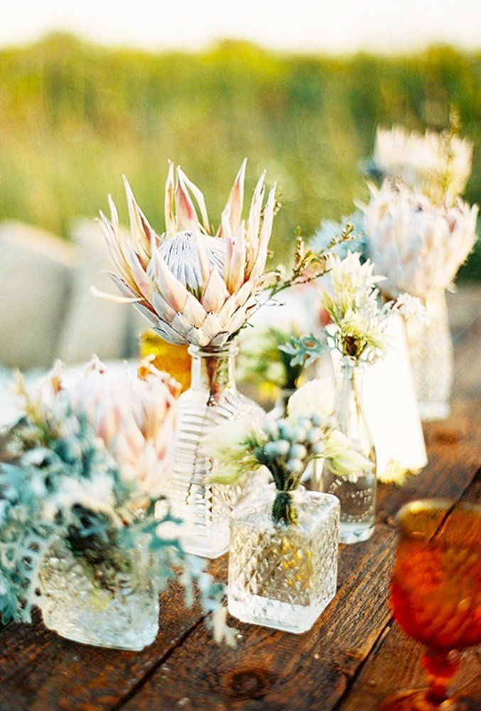 Shabby & Chic Vintage Wedding Decor Ideas ❤ shabby chic vintage wedding decor ideas reception flowers Olivia Leigh Photographie #weddingforward #wedding #bride