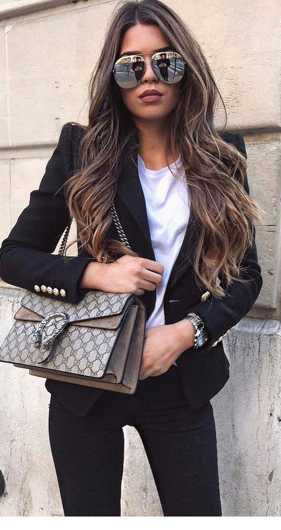 Chic work look with sunglasses