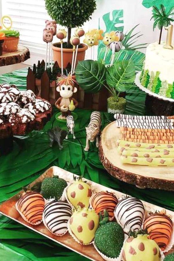 Safari 1st birthday party food