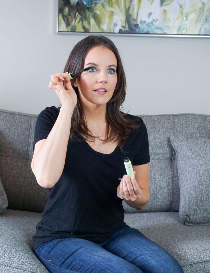 drugstore eye makeup tutorial   Houston Beauty Blogger Lady in Violet #mascara #easymakeupideas #quickandeasy