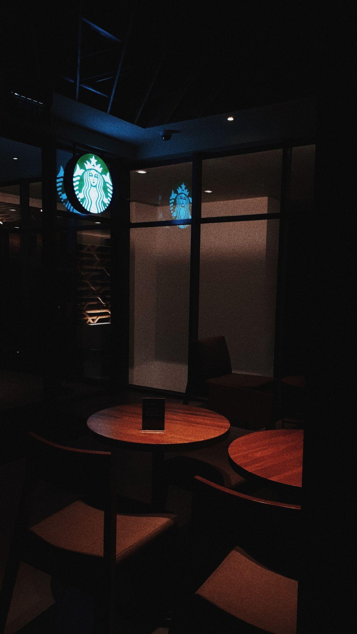 Starbucks Uttara The Icon Apartment📍Yogyakarta (Dengan