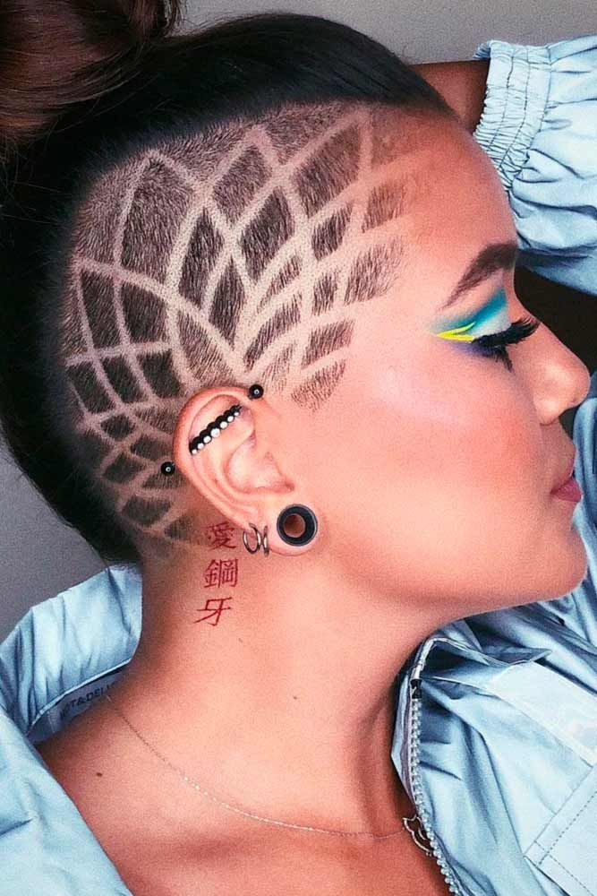Side Shaving Patterned Haircut #shavinghaircut #brunettehair ★  Undercut women hair styles are super daring, and that is why not every babe can pull one off. But if you are an artistic person or a tomboy we are sure that you can sport an undercut. See the trendiest undercuts here. #glaminati #lifestyle #undercutwomen