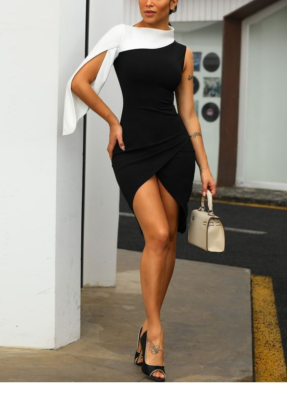 I want this black and white dress