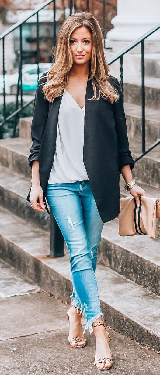 LAZER: Best Dressed Pocketed Blazer, Tts – Wearing Small CAMI: Beso Top White, Tts – Wearing Small JEANS: Jolene Frayed Ankle Skinny, I'm Normally A 00/0 – Wearing 1 HEELS: Catwalk Heel, Tts BAG: Royce Envelope Clutch. #spring #outfits