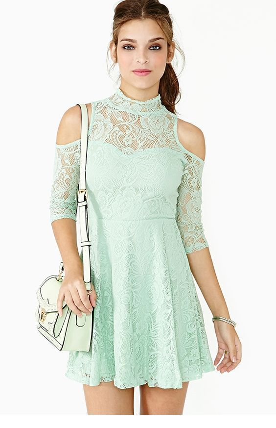 Mint short dress with lace