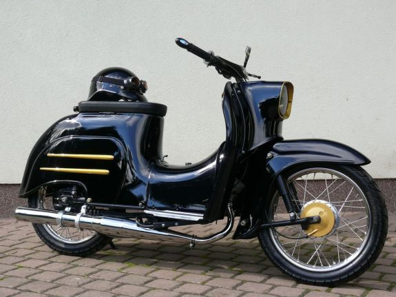 1000 images about simson schwalbe kr 51 on pinterest vintage scooters and east germany. Black Bedroom Furniture Sets. Home Design Ideas