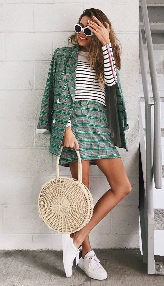 casual style obsession / striped top straw bag green suit sneakers