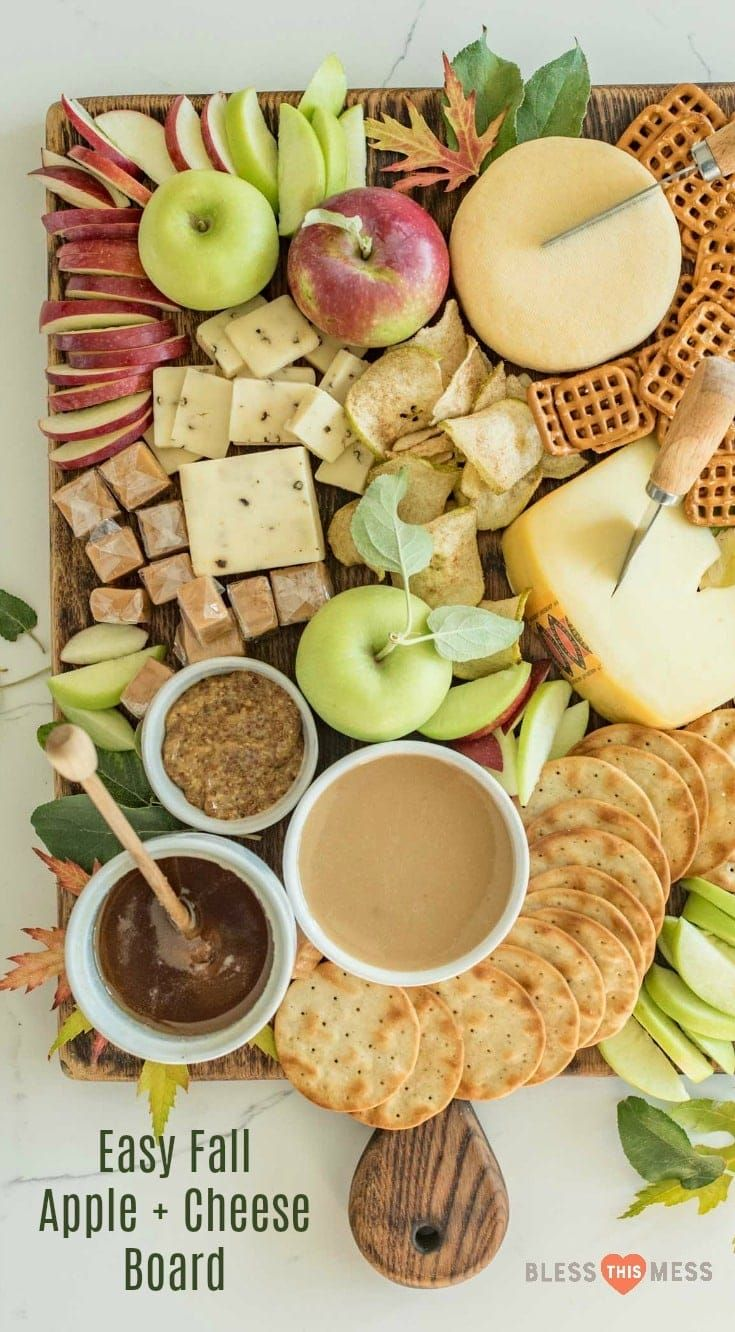How to make a simple fall apple and cheese board that is perfect for snacking, an appetizer, parties, or just a slow evening in. #cheeseboard #charcuterie #fall #apple #cheeseboards