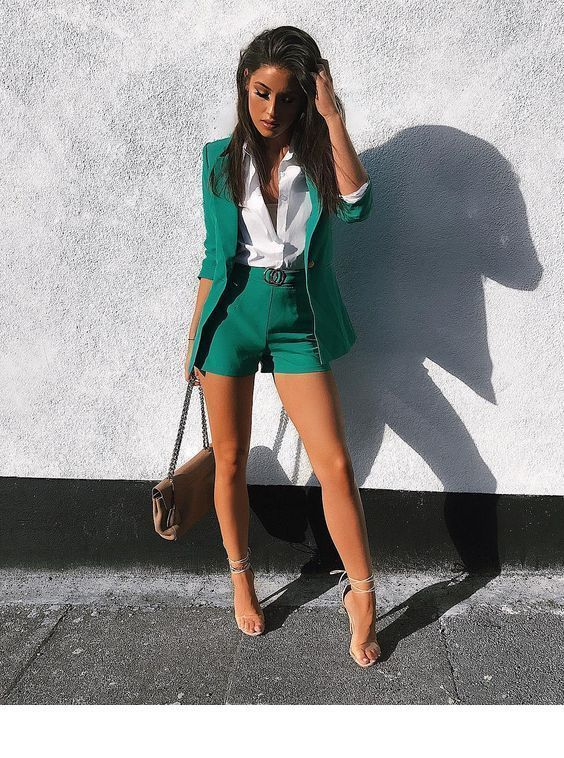 Amazing summer green suit