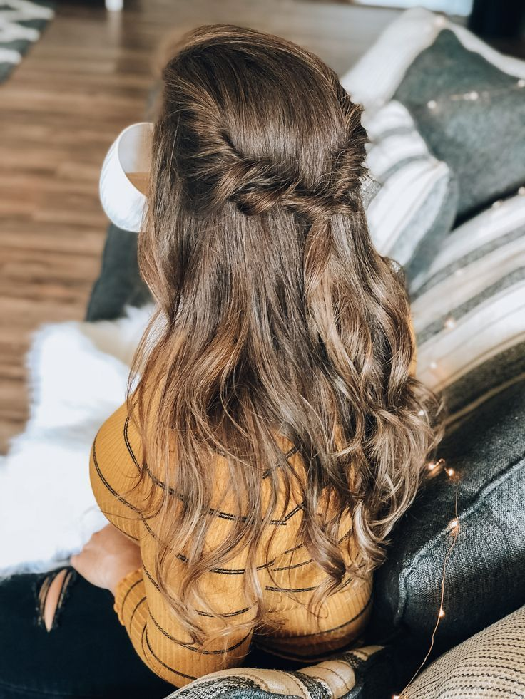 "Do you find yourself wearing your hair the same way every day? Not anymore, with these easy five minute fall hairstyles! <a class=""pintag"" href=""/explore/fallstyle/"" title=""#fallstyle explore Pinterest"">#fallstyle</a> <a class=""pintag"" href=""/explore/hairinspo/"" title=""#hairinspo explore Pinterest"">#hairinspo</a> <a class=""pintag"" href=""/explore/hairstyles/"" title=""#hairstyles explore Pinterest"">#hairstyles</a> <a class=""pintag"" href=""/explore/fallinspiration/"" title=""#fallinspiration explore Pinterest"">#fallinspiration</a> <a class=""pintag"" href=""/explore/fall/"" title=""#fall explore Pinterest"">#fall</a> <a class=""pintag"" href=""/explore/autumn/"" title=""#autumn explore Pinterest"">#autumn</a> <a class=""pintag"" href=""/explore/hair/"" title=""#hair explore Pinterest"">#hair</a><p><a href=""http://www.homeinteriordesign.org/2018/02/short-guide-to-interior-decoration.html"">Short guide to interior decoration</a></p>"