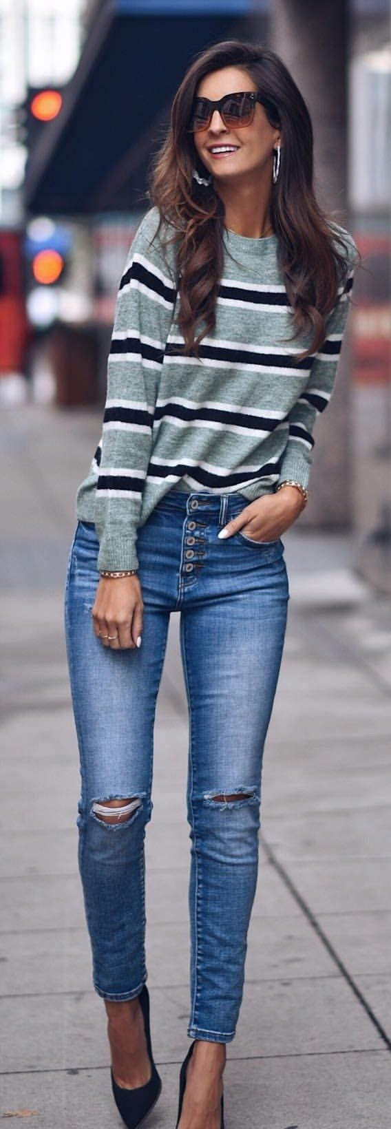 gray, white, and black striped crew-neck long-sleeved shirt