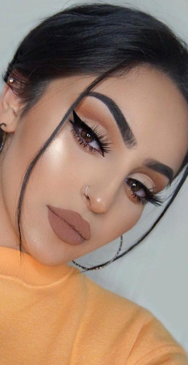 Find out how to use a perfect powder with these specialist divers ideas, get flawless have to deal with with one of these quick and easy helpful hints. #Eyemakeup