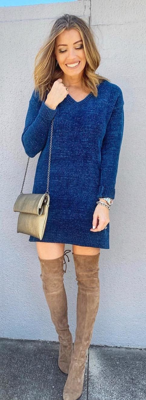 blue long-sleeved midi dress