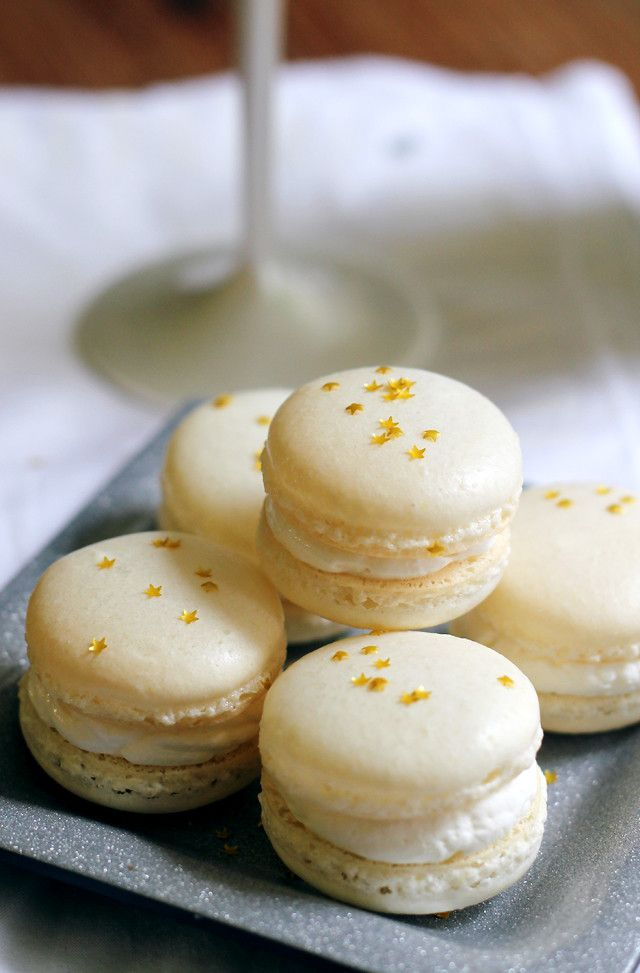 Champagne Macarons | Joanne Eats Well With Others