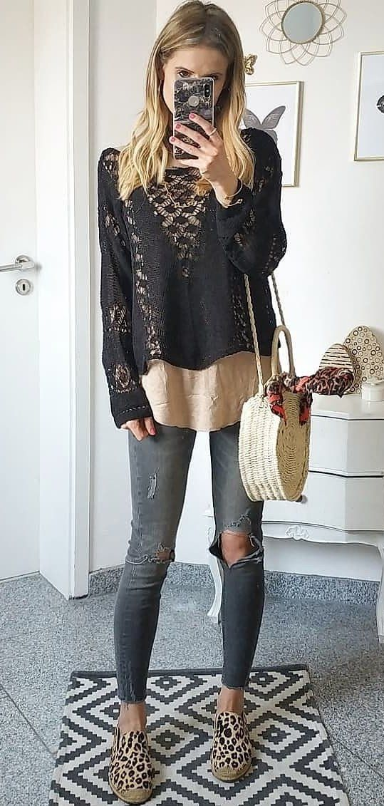 black long-sleeved shirt #spring #outfits