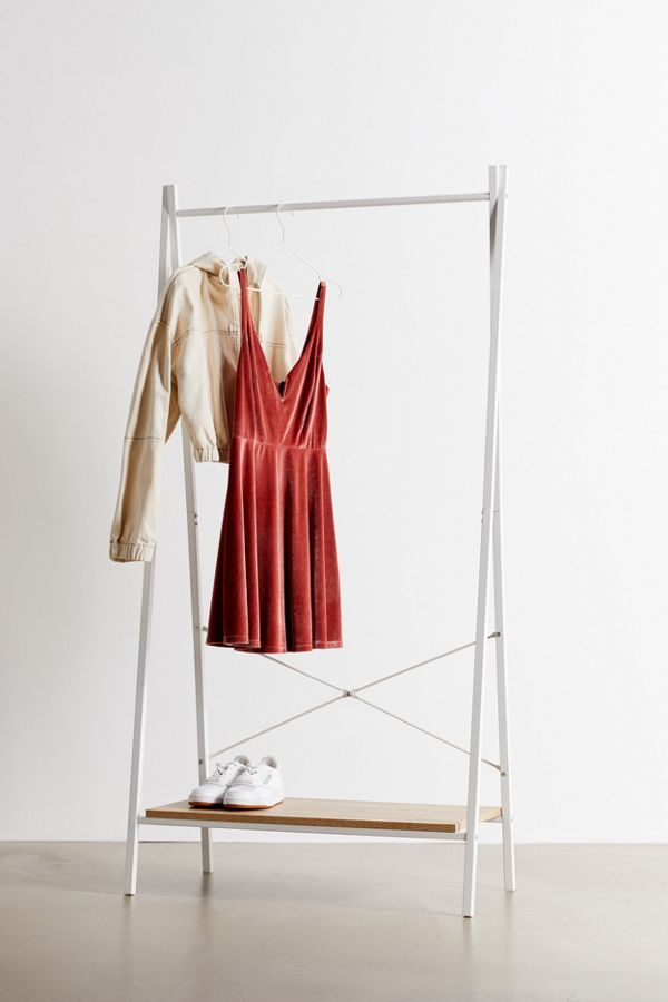 Jones Clothing Rack | Urban Outfitters