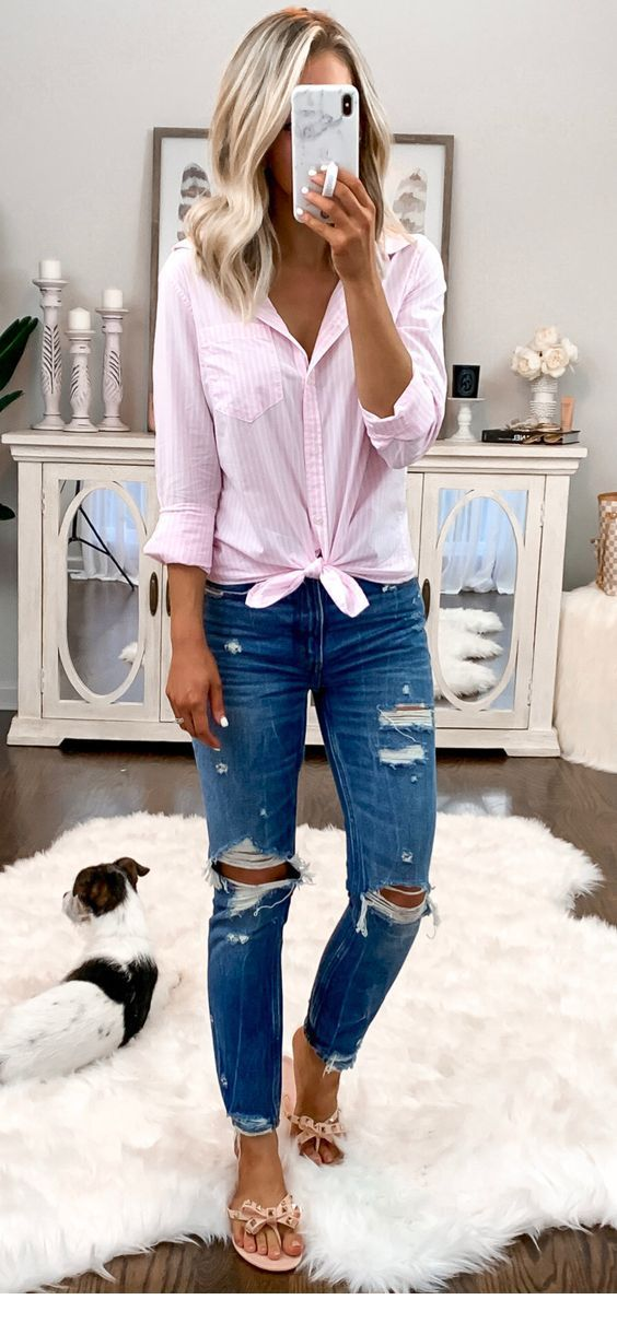 Nice light pink shirt and shoes with blue jeans