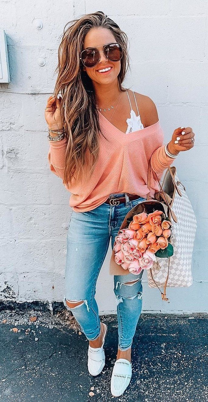 Salmon Thermal Knit + Fresh Flowers Make A G R E A T Week ??? #spring #outfits