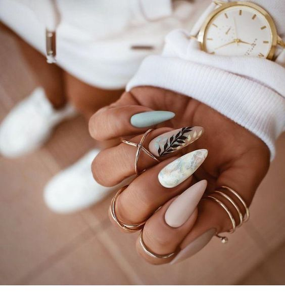 Marble nails and many accessories