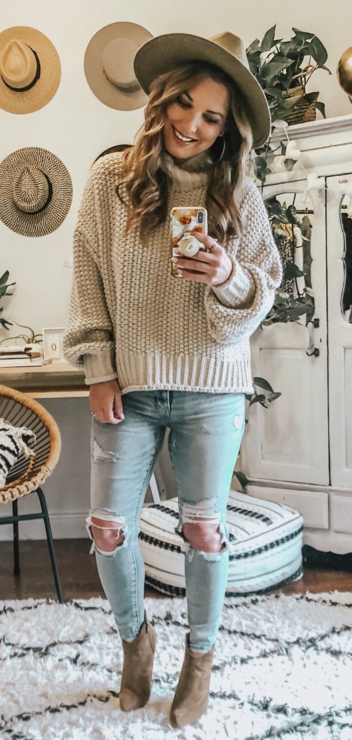 brown and white knitted hat #winter #outfits