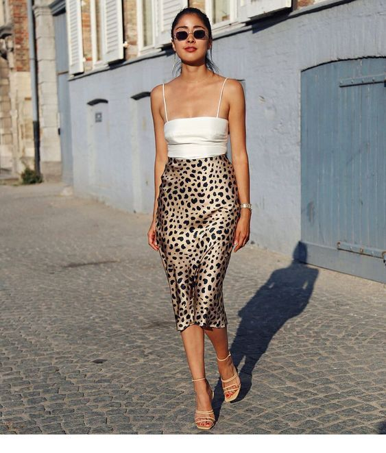 White top and leo skirt for street