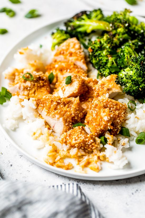 If you like the taste of sesame seeds as much as I do, you'll love these Sesame Encrusted Chicken Tenders coated with sesame seeds, panko and a hint of soy sauce. Bake them or make them in the air fryer! #skinnytaste #chicken #chickentenders #airfryerrecipes