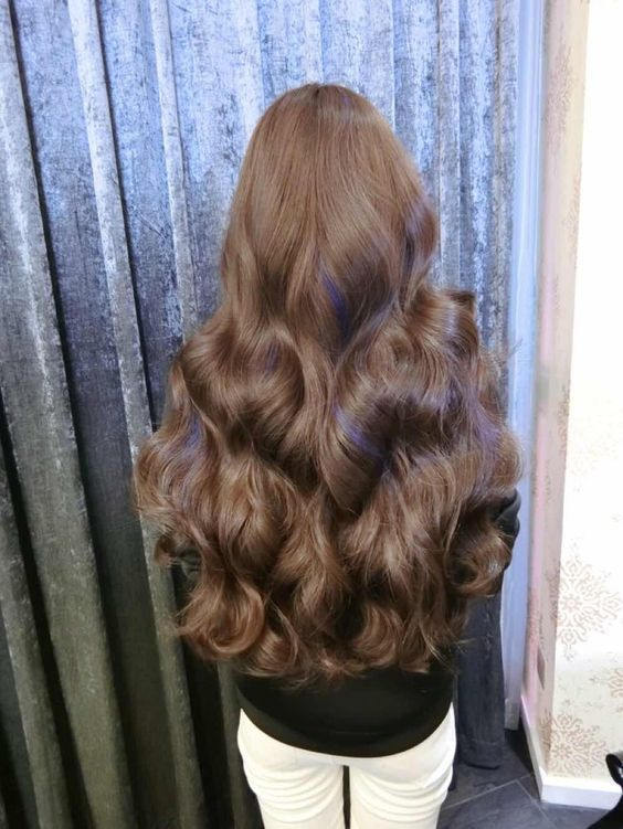 gorgeous full and long brunette curls – insanely long and beautiful curly hair — curled hair that is waist length — gorgeous beautiful locks and long hair #locks #lush #brunnette #lushlocks #long #longhair #curls #hair #beautifulhair #curly #curlyhair #shine