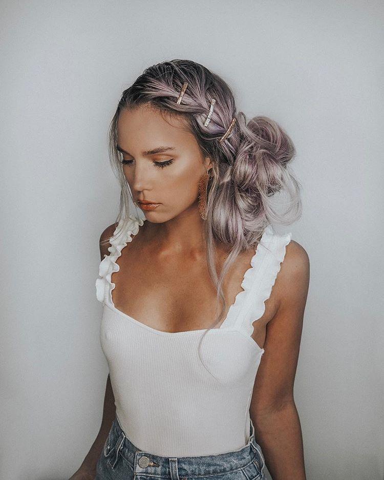 Pull through braid and messy bun easy braided hairstyle / festival hair / Kirsten Zellers