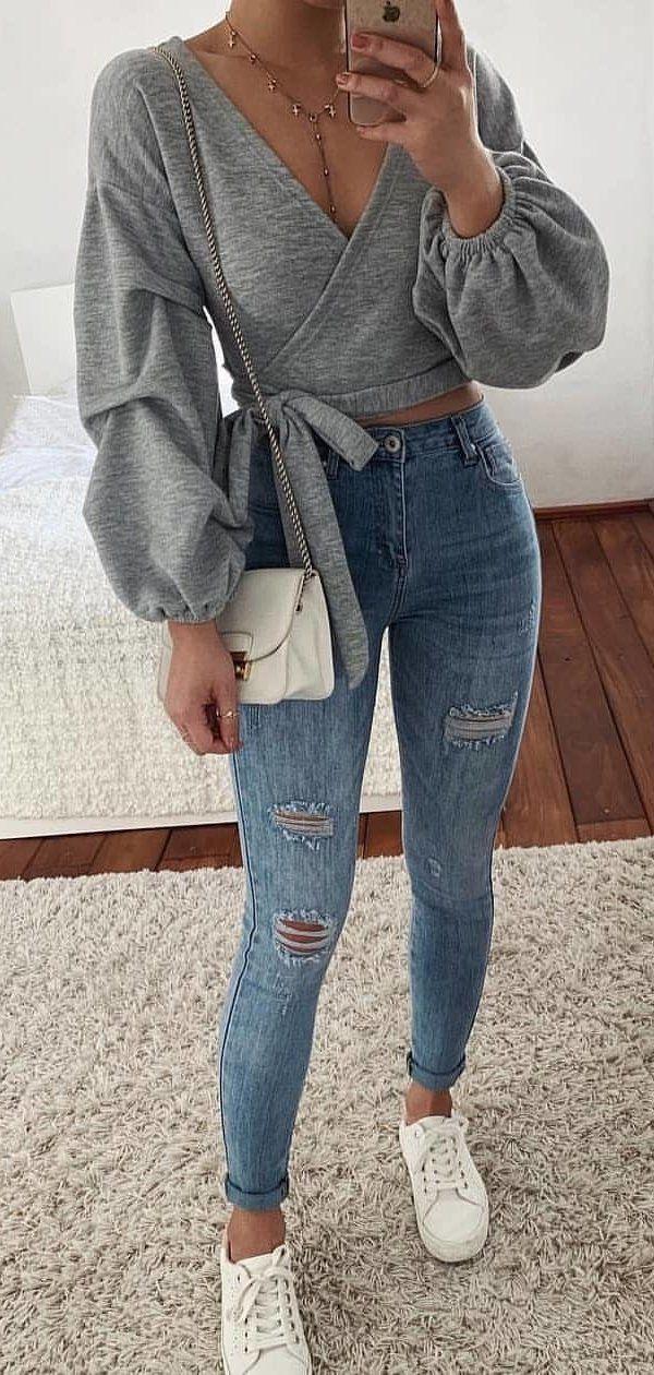 gray V- neck long-sleeved shirt #summer #outfits
