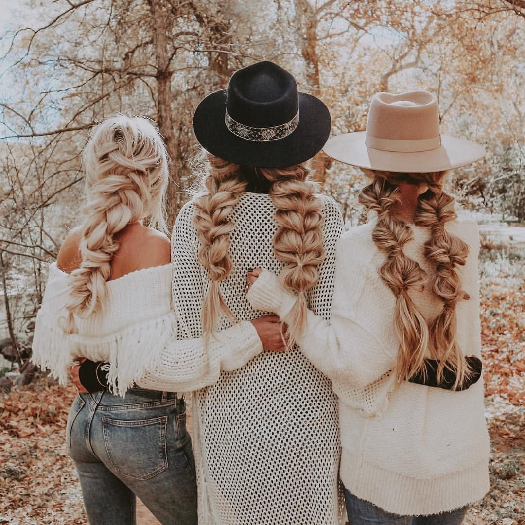 Chrissy Rasmussen (hairby_chrissy) on Somegram • Posts, Videos & Stories #somegram FALL into Winter ❄️ | braids by @hairby_chrissy @hairbybrittah w/ @emilyrosehannon @kelsrfloyd @lindseyraerogers