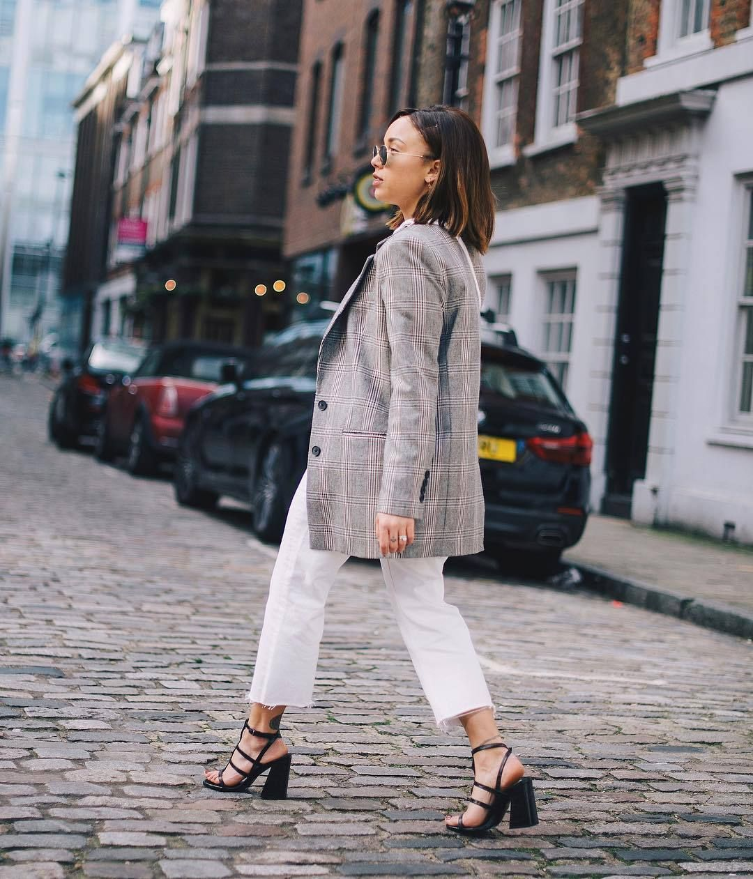 Get the jeans for 40£ at m.topshop.com – Wheretoget