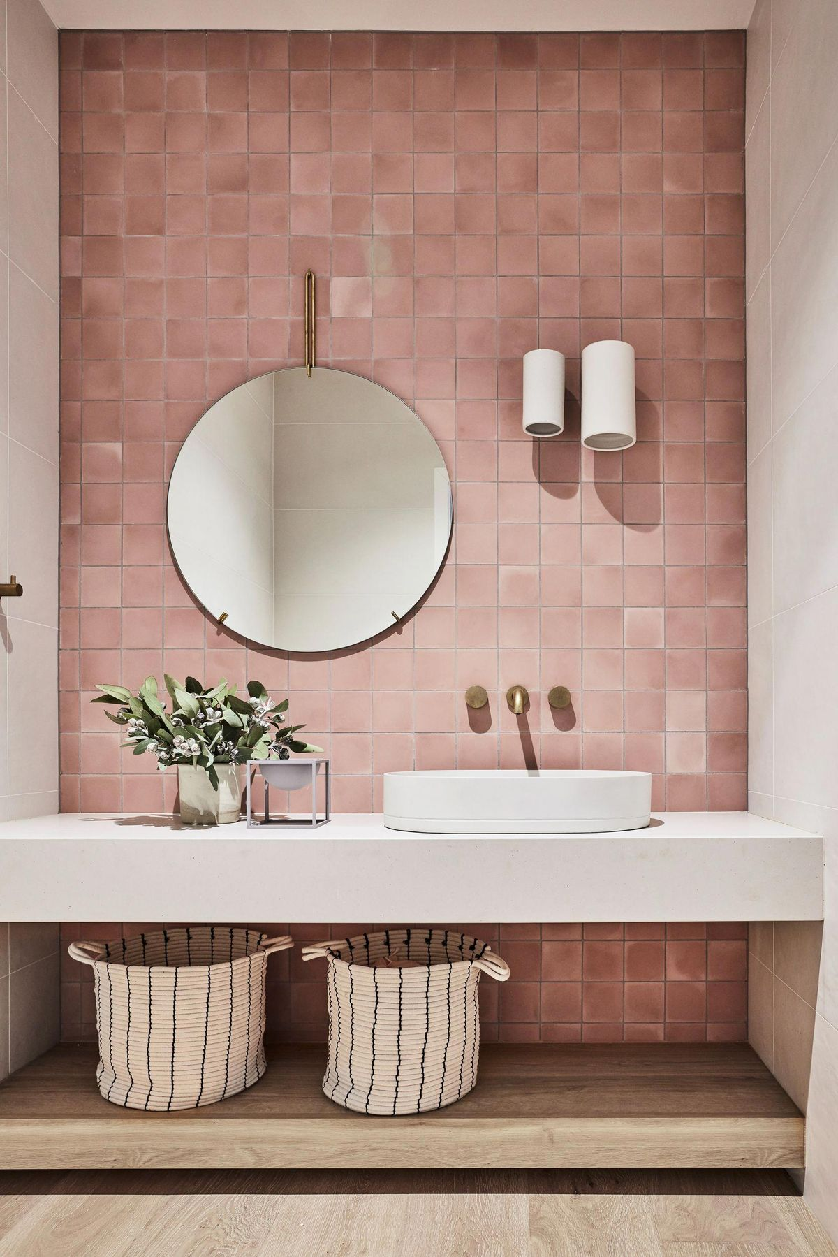 I'm really looking forward to trying out the idea. Pretty Bathroom Decor
