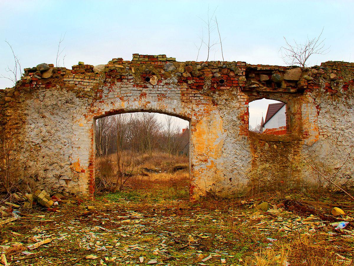 Развалины в Янтарном