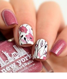 Nice pink glitter nails with flowers