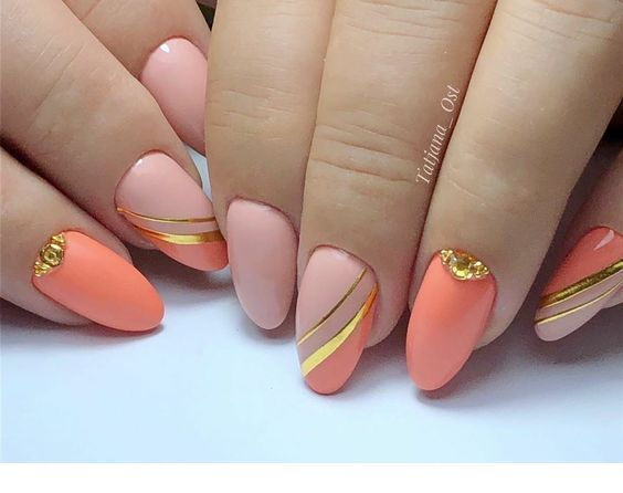 This matte manicure is perfect, I love the gold details