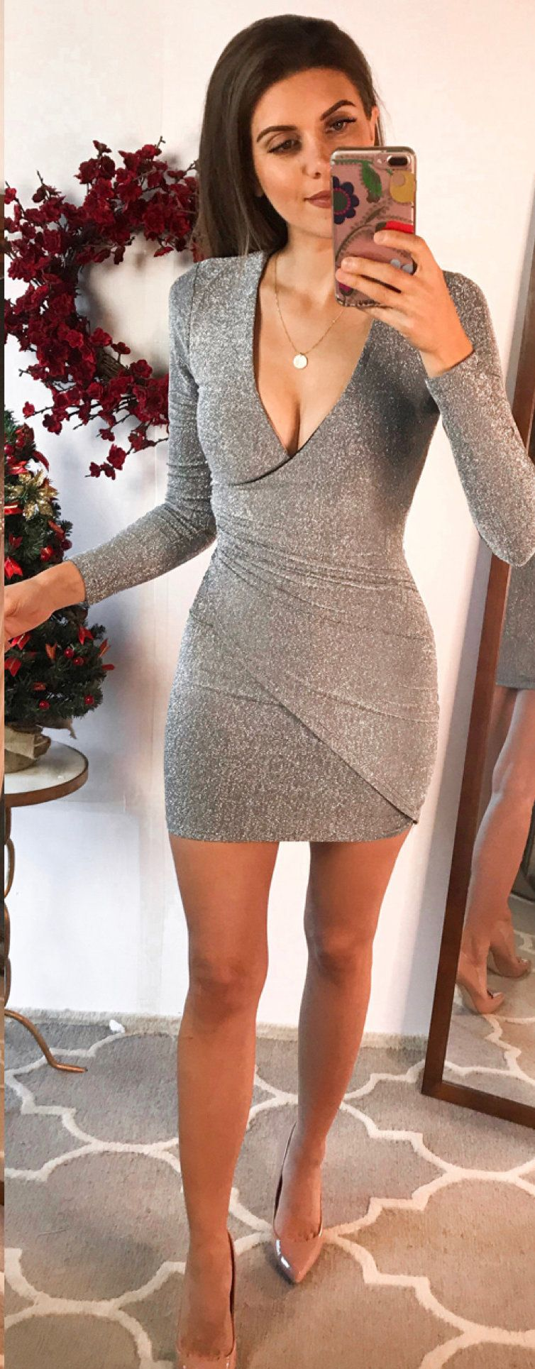 gray long-sleeved bodycon dress