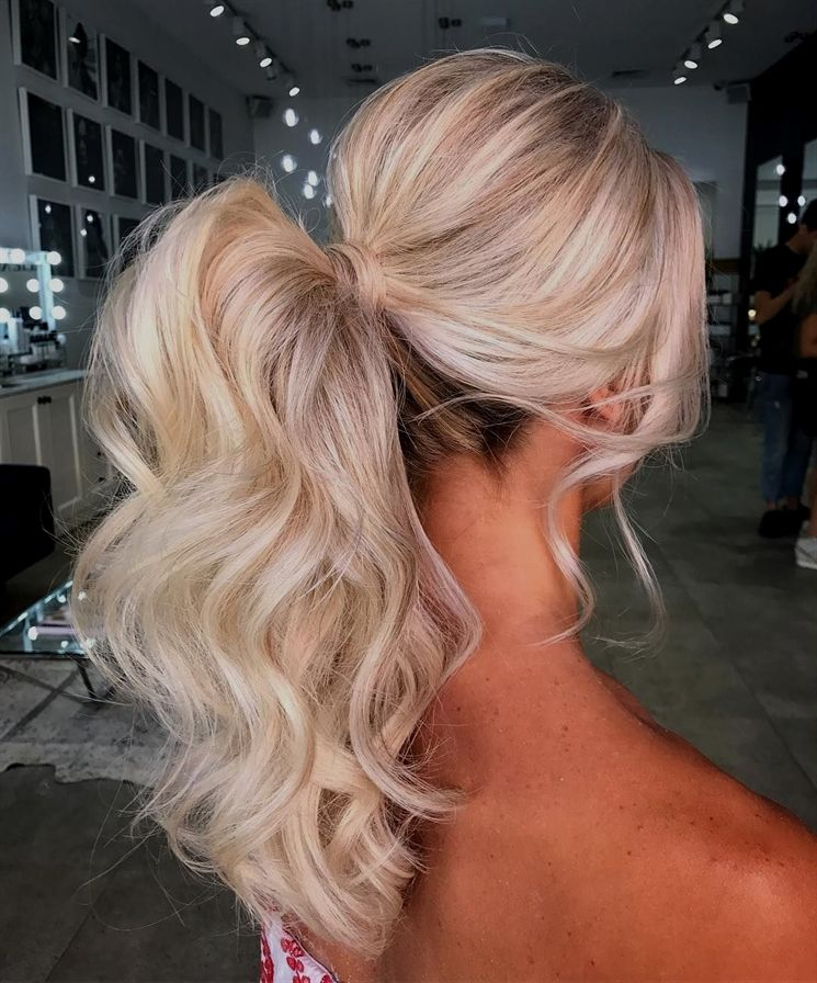 17 Cute Ponytail Hairstyles for Long Hair #PromHairstyles