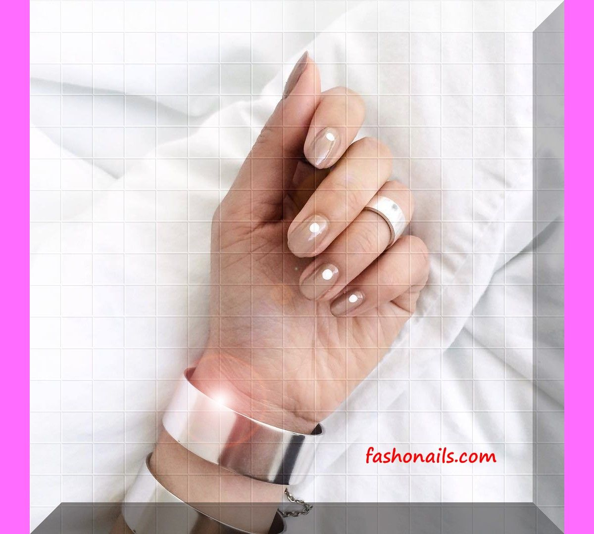 +25 wonderful nude nail art polish trendy designs ideas – Fashonails #nail_art_designs #trendy_nails #acrylic_nails #gel_manicure