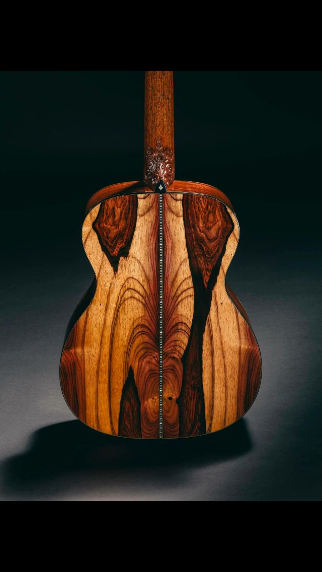 What a stunning back! #AcousticGuitars