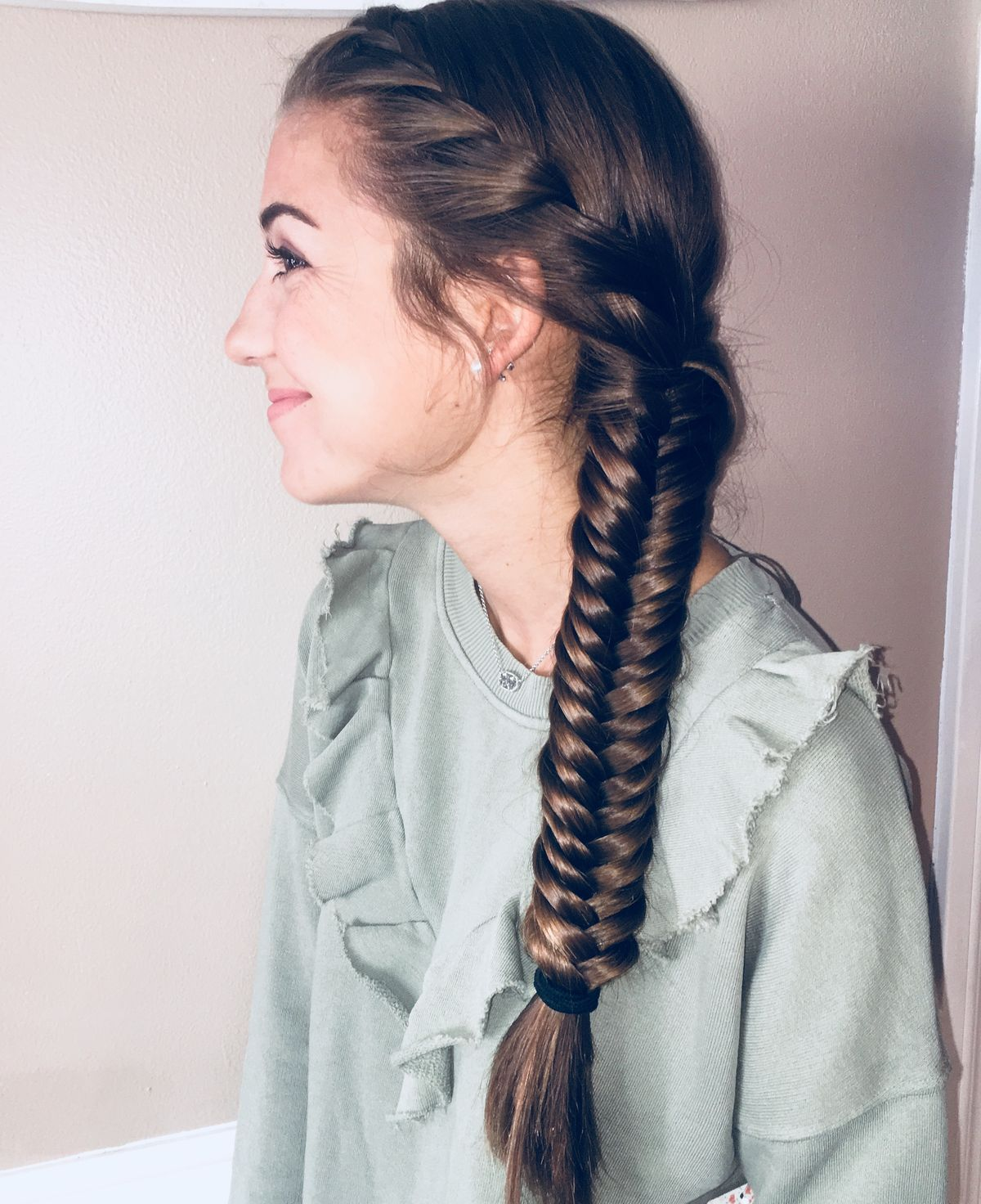 "Create this stunning hairstyle within minutes by french braiding the first half of your hair and ending it with a fish tail! This hairstyle is perfect to wear to school, work, lunch with friends and date night!<p><a href=""http://www.homeinteriordesign.org/2018/02/short-guide-to-interior-decoration.html"">Short guide to interior decoration</a></p>"