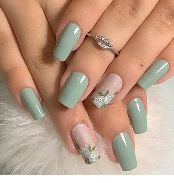 Awesome mint nails with flowers