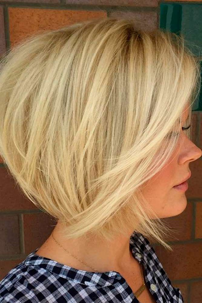 Short Textured Bob #layeredhairstyles #blondehair★ Bob haircuts will never lose their popularity. Whether short or long, angled or stacked, straight or wavy, a bob looks awesome. #glaminati #lifestyle #bobhaircuts